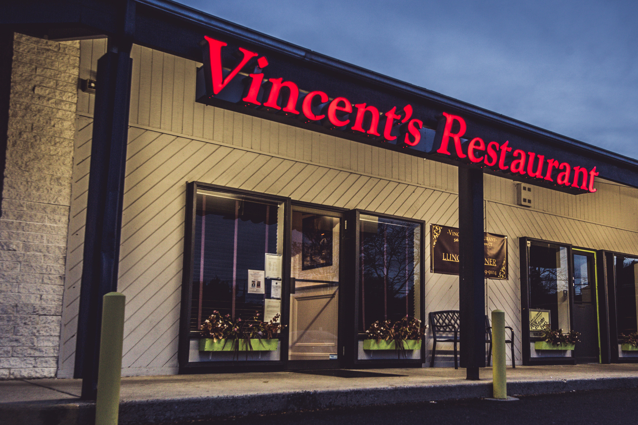 Vincent's Restaurant - Shelton, CT